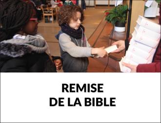 Remise de la Bible